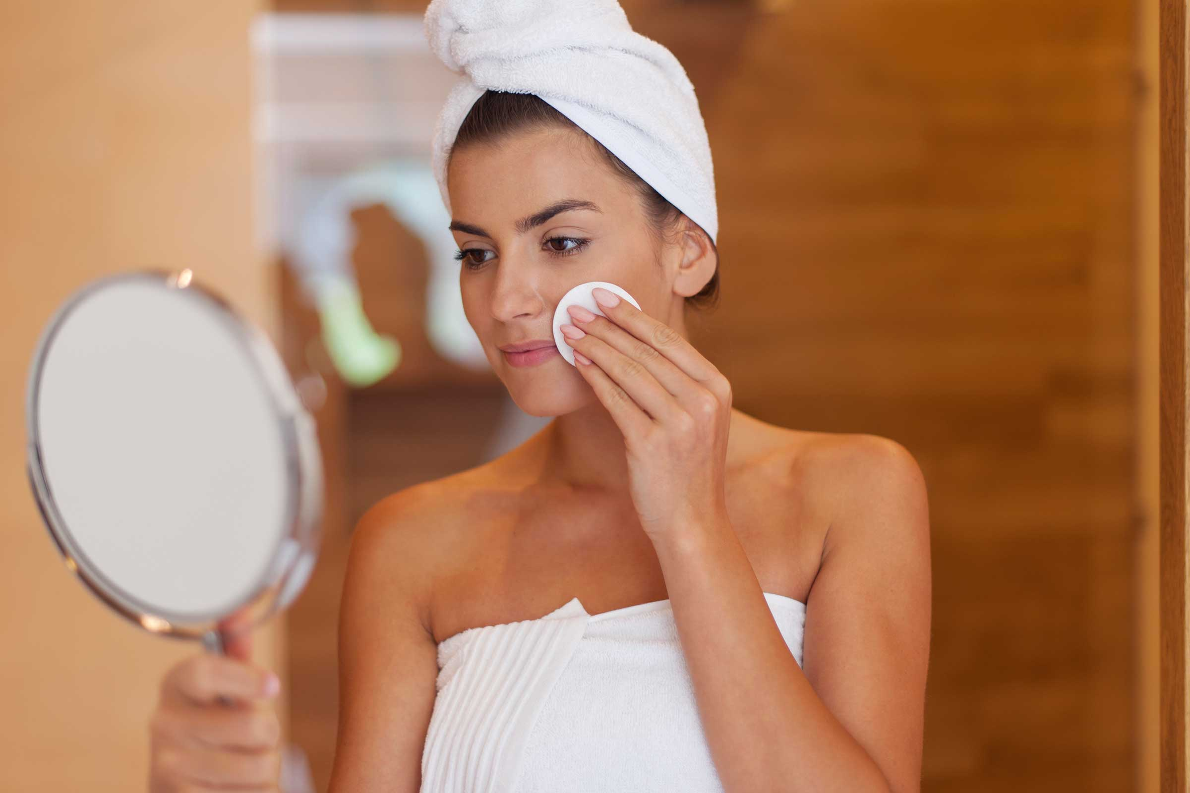 4 Beauty Tips That Will Ensure That You Glow In Your 20s